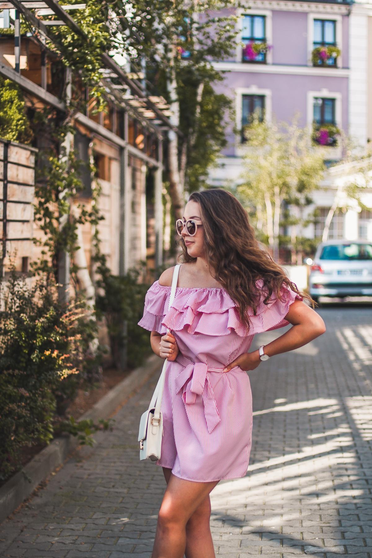 hiszpanka w paski stylizacja blog