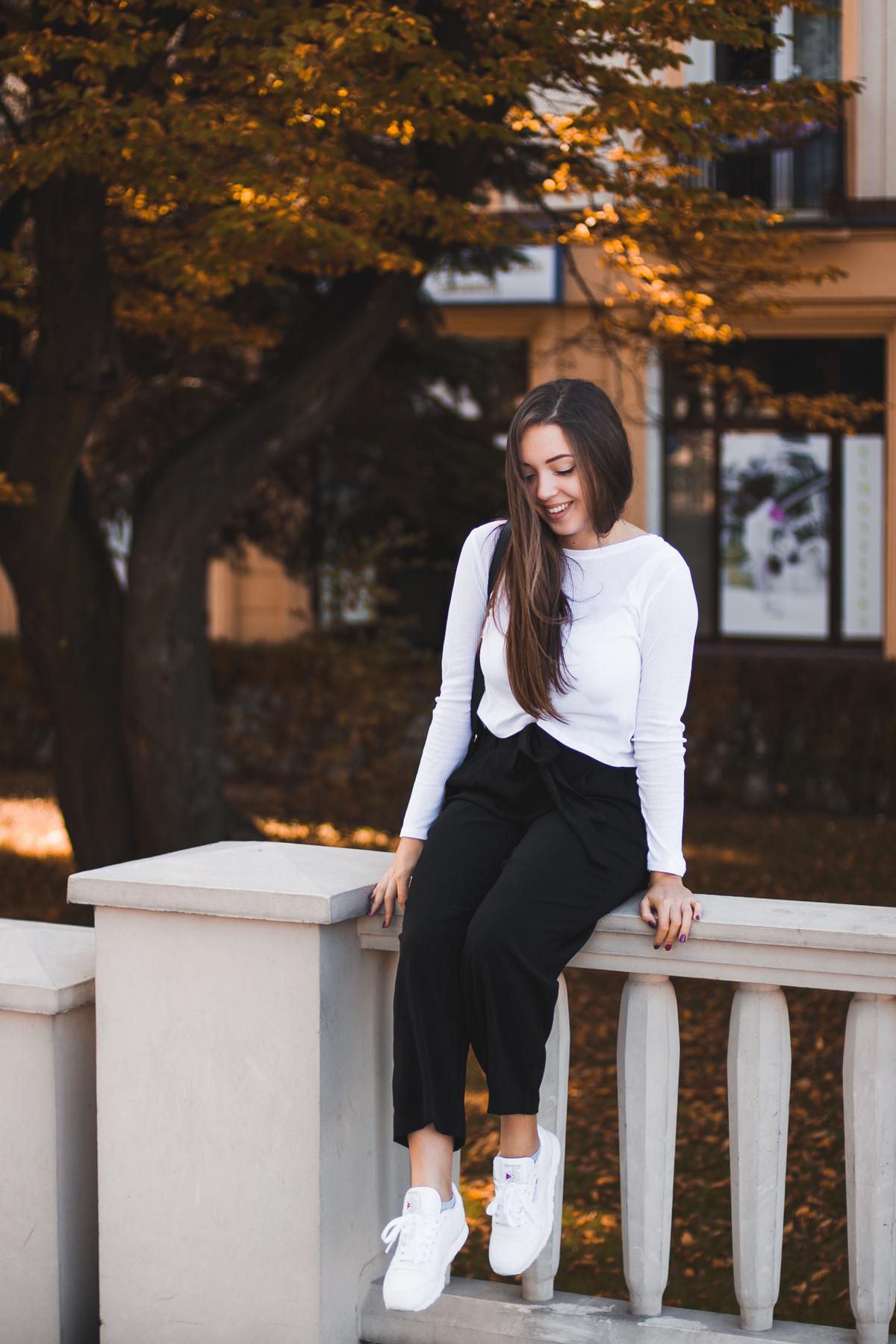 Białe buty reebok classic stylizacja