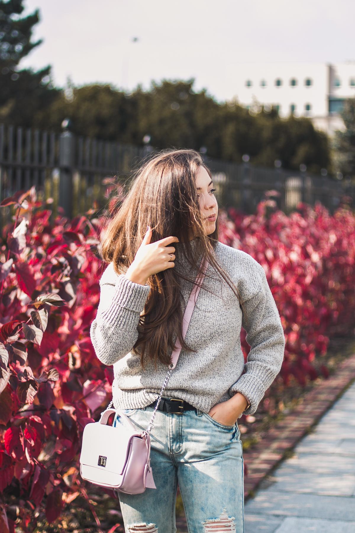 jak nosić sweter golf jesienna stylizacja