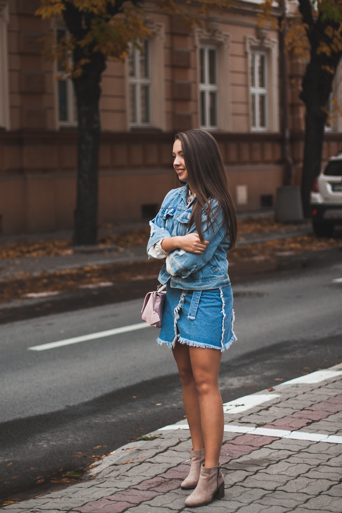 Jeansowy zestaw na jesień blogi