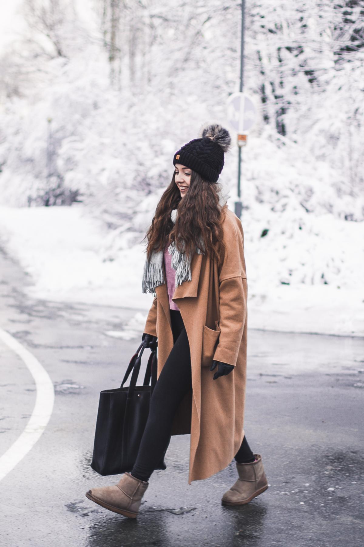stylizacja z butami śniegowce emu