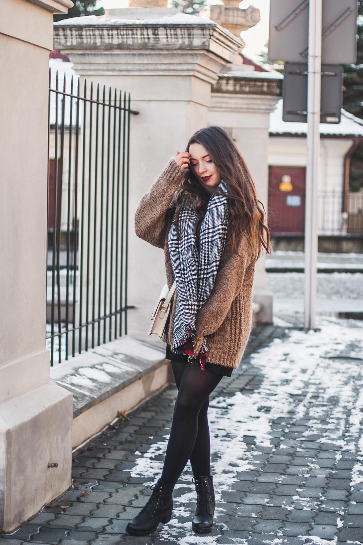 gruby sweter zimowy
