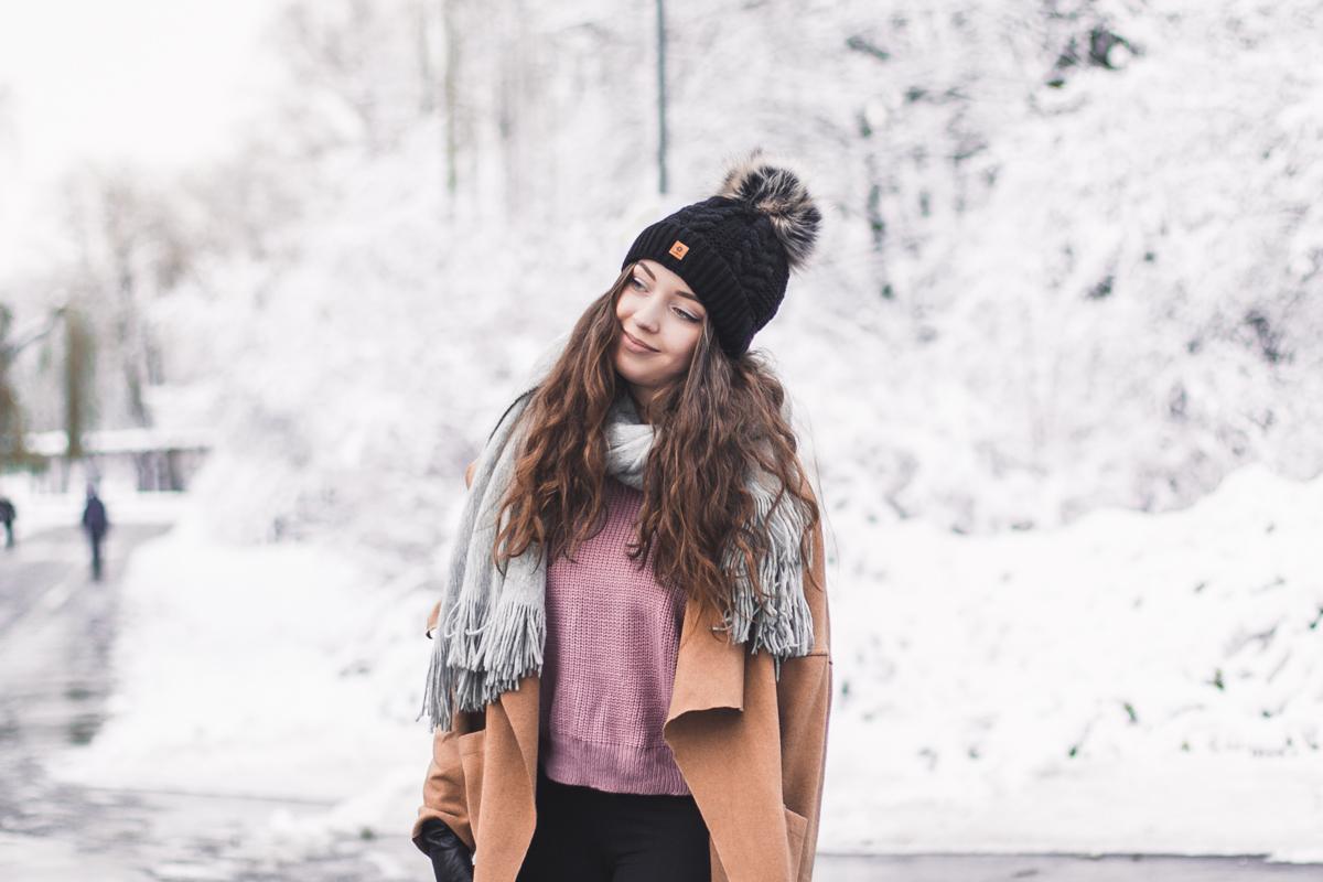 sweter róż shein