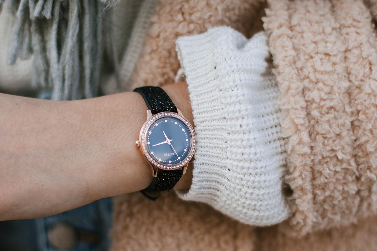 zegarek guess z brokatem