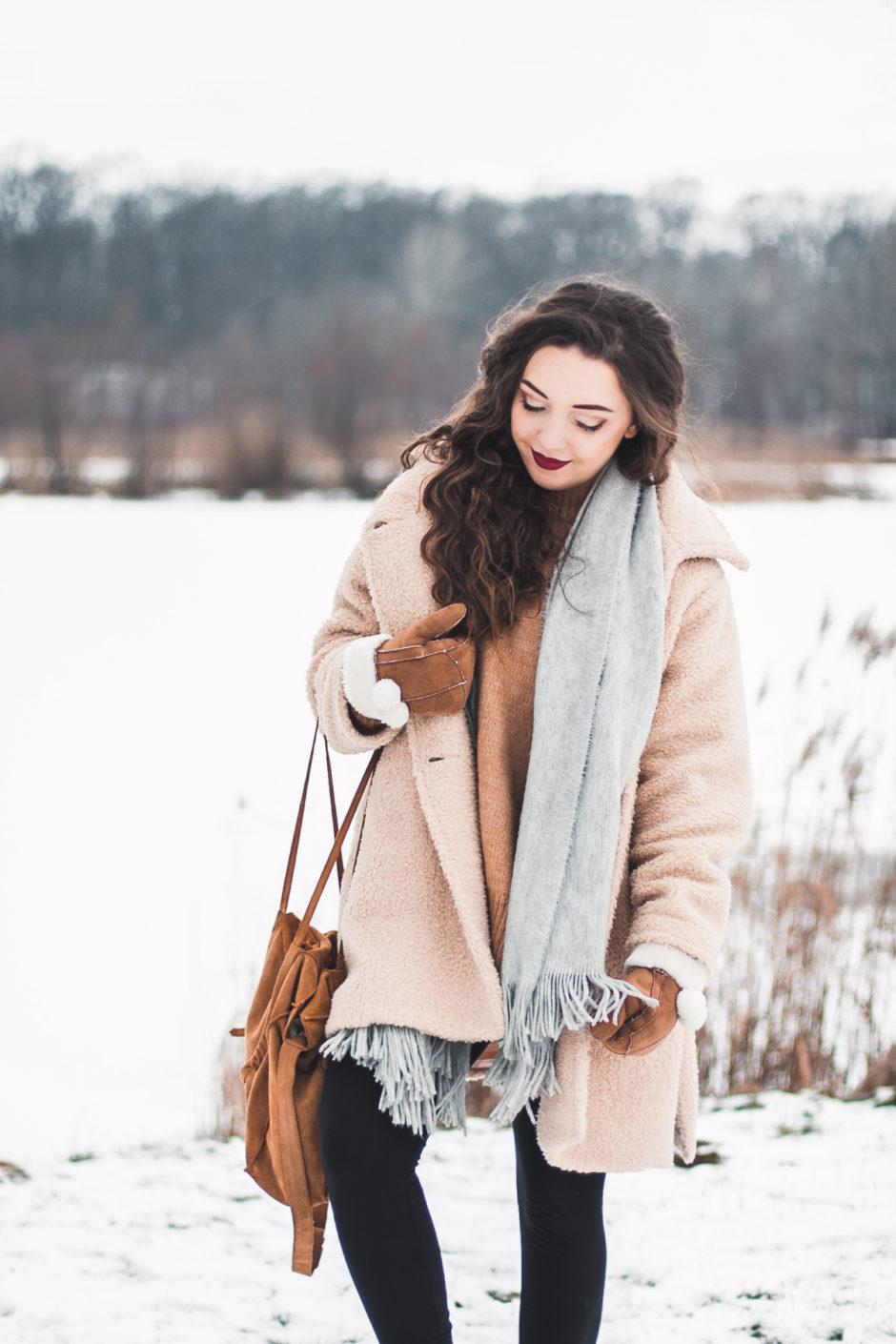 karmelowy sweter zara