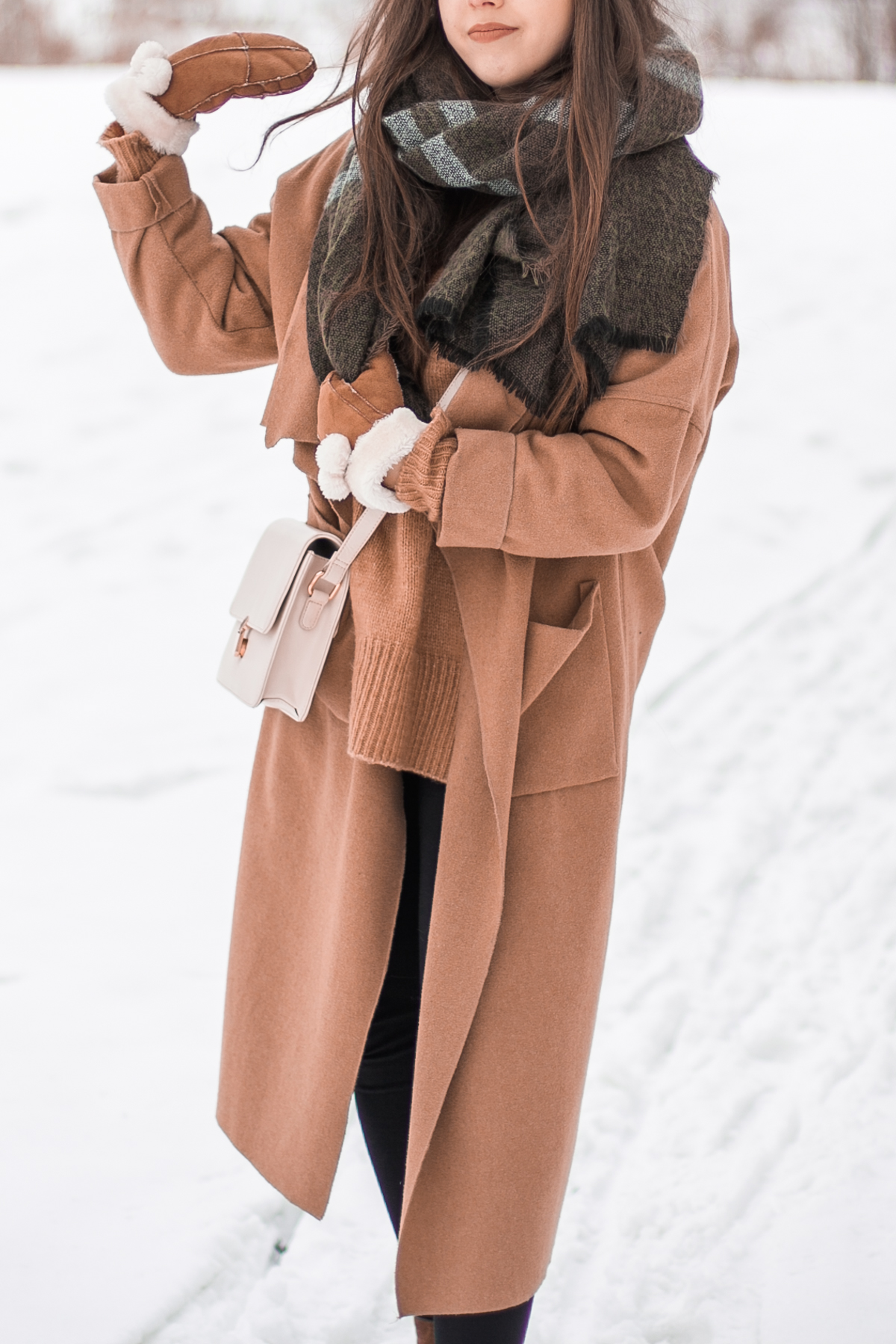 długi płaszcz zimowy