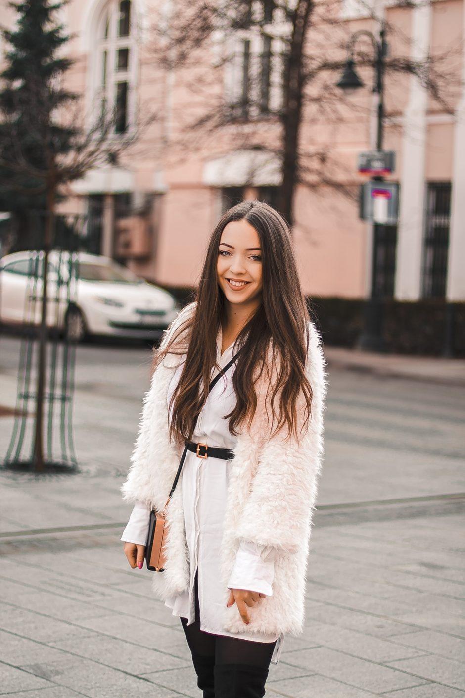 Białe futro stylizacja