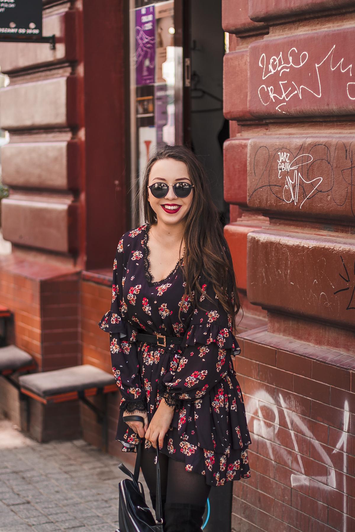 diverse-czarna-sukienka.jpg