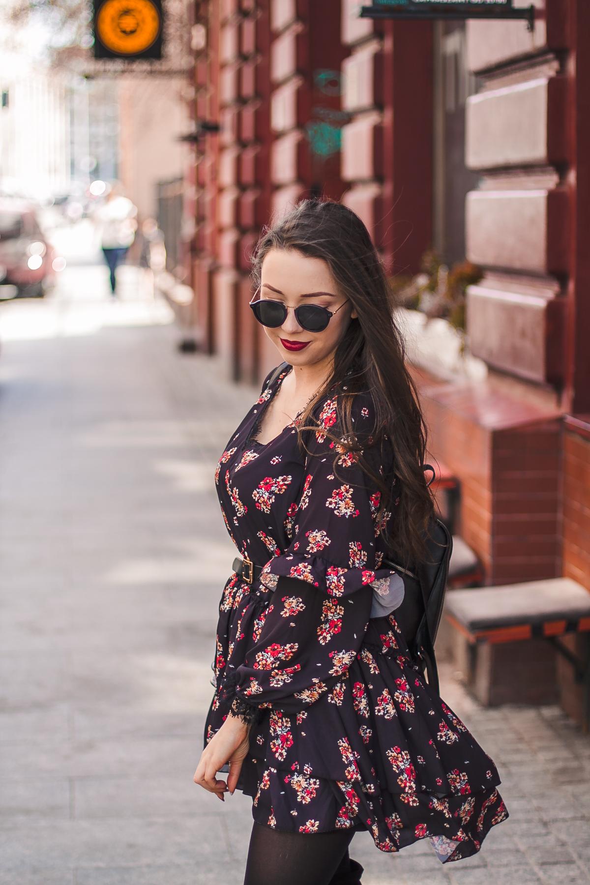 sukienka-w-kwiaty.jpg