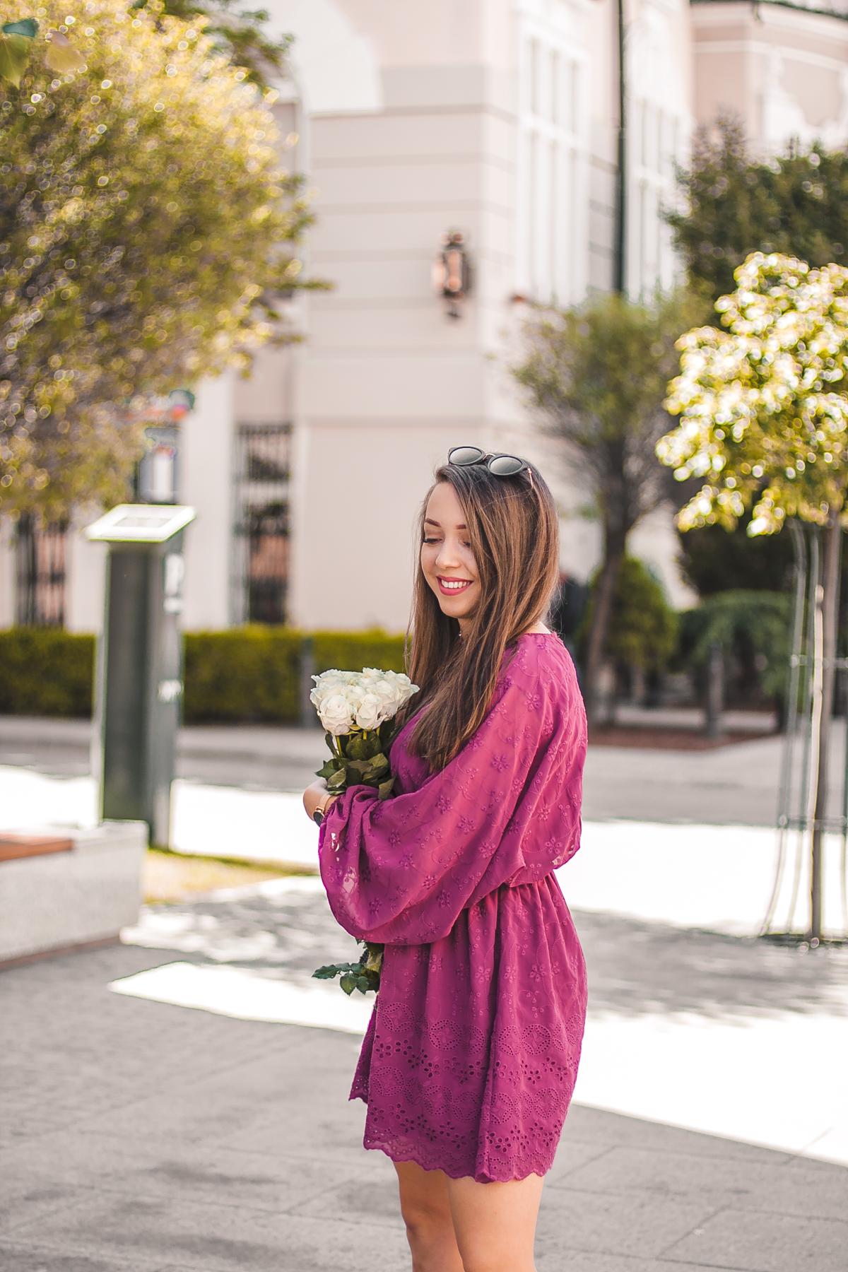 fioletowa sukienka koronkowa na-kd wesele