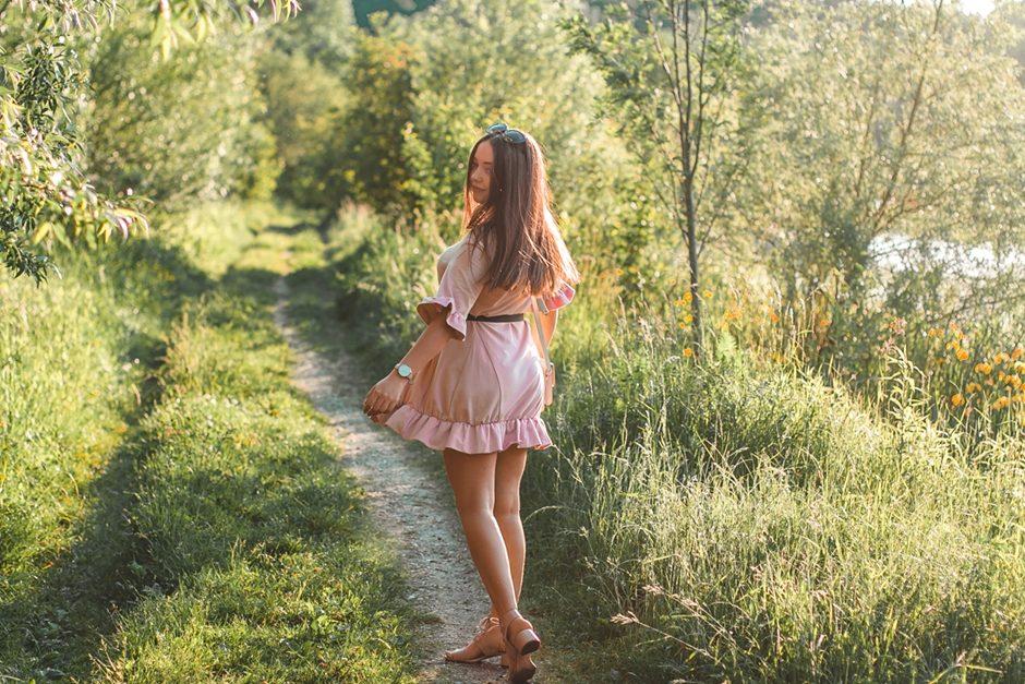 sukienki na lato jakie kupić poradnik
