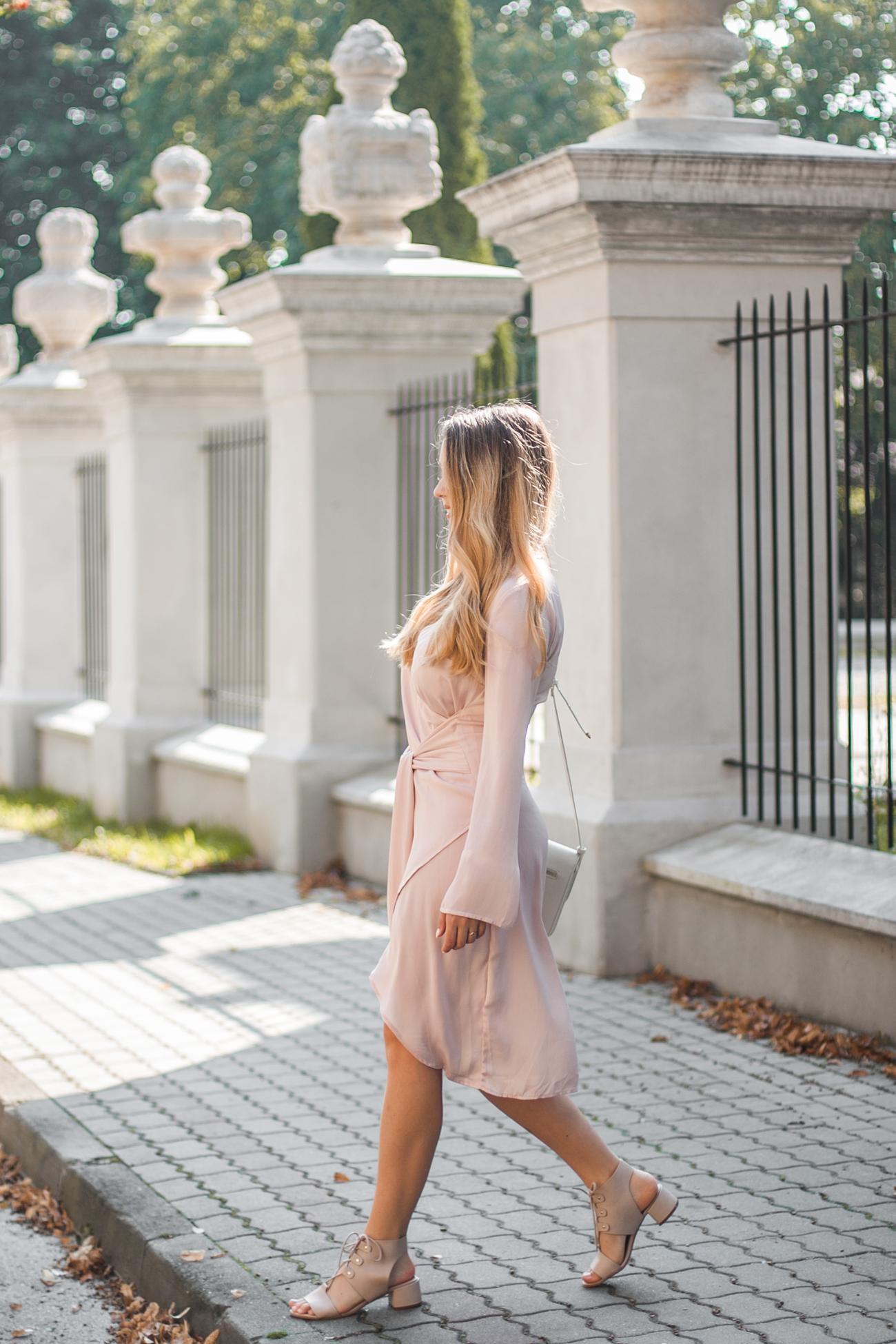 sandałóy różowe na wesele
