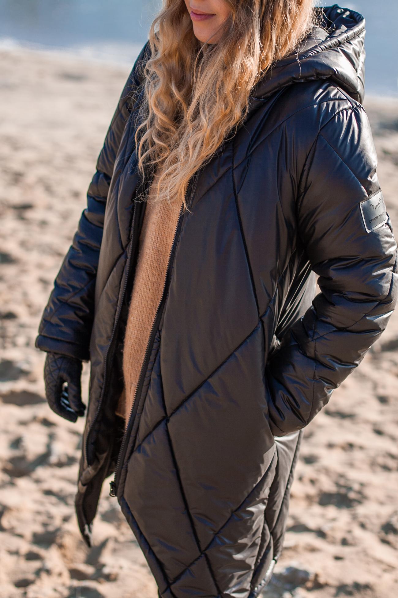 czarny puchowy płaszcz naoko