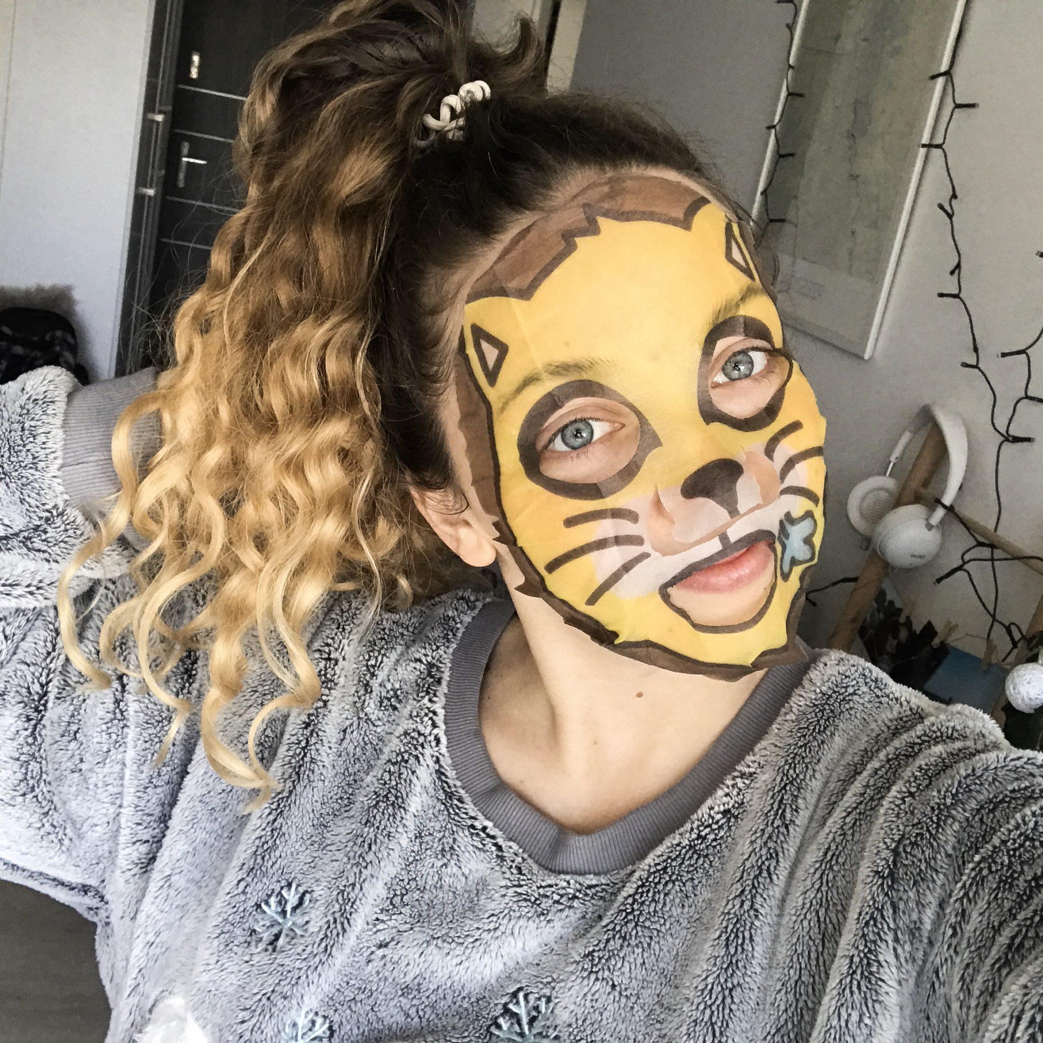 Maska do twarzy w płachcie douglas