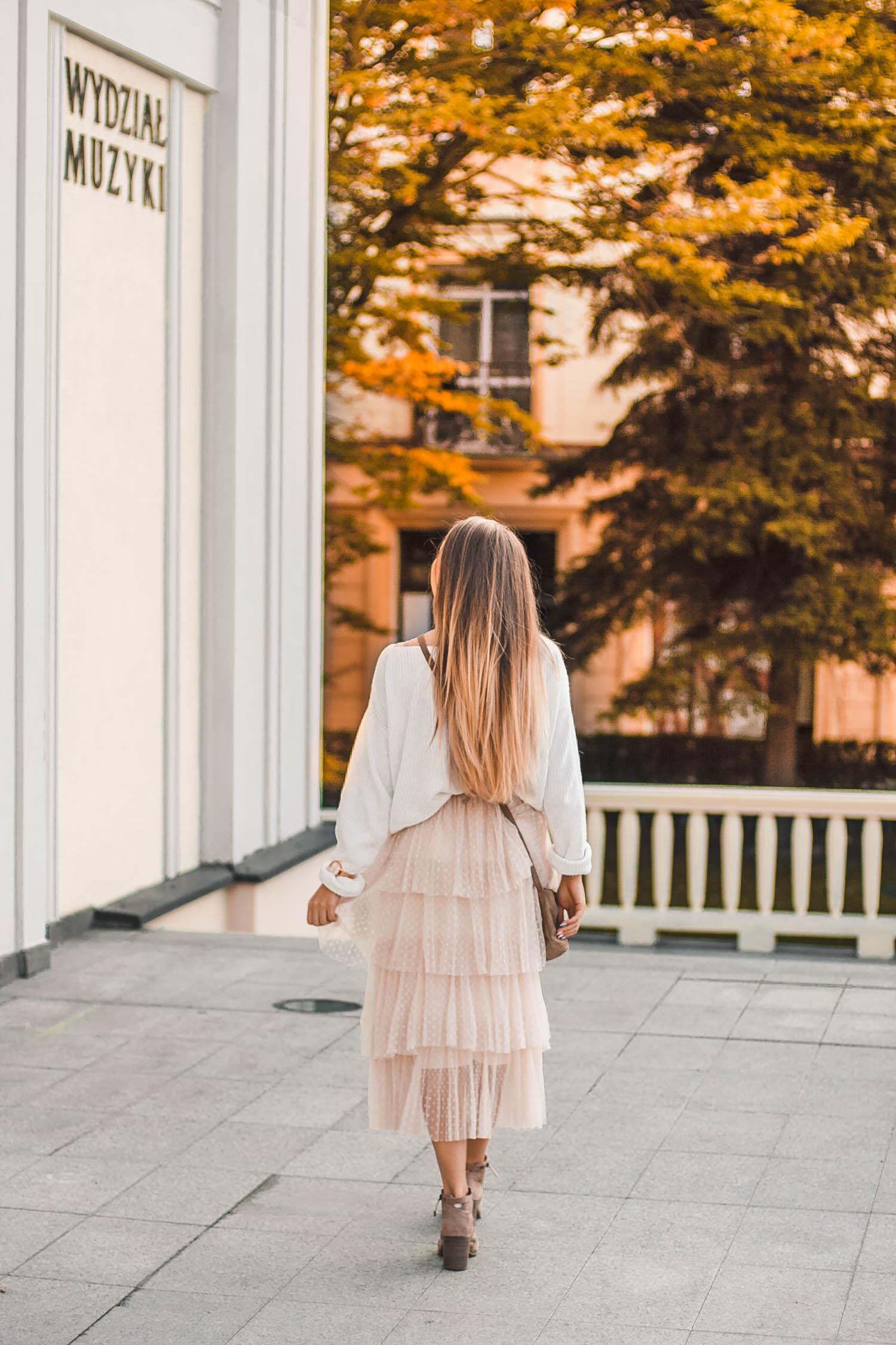 tiulowa spódnica na jesień