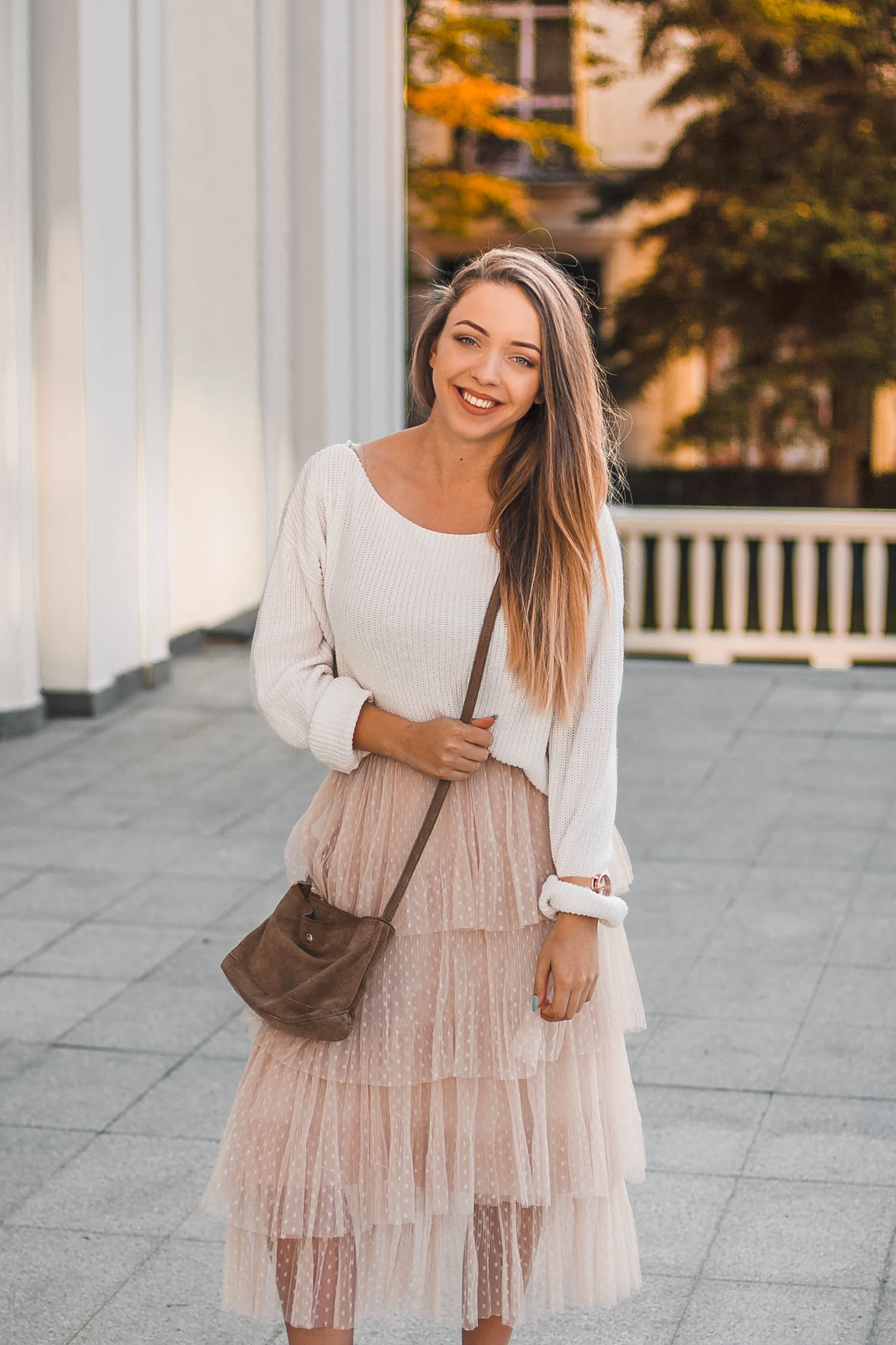 tiulowa spódnica stylizacja jesień