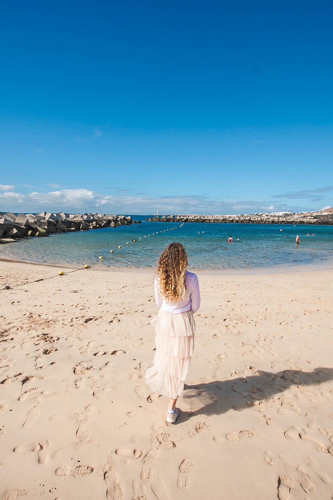 piaszczysta plaża na lanzarote