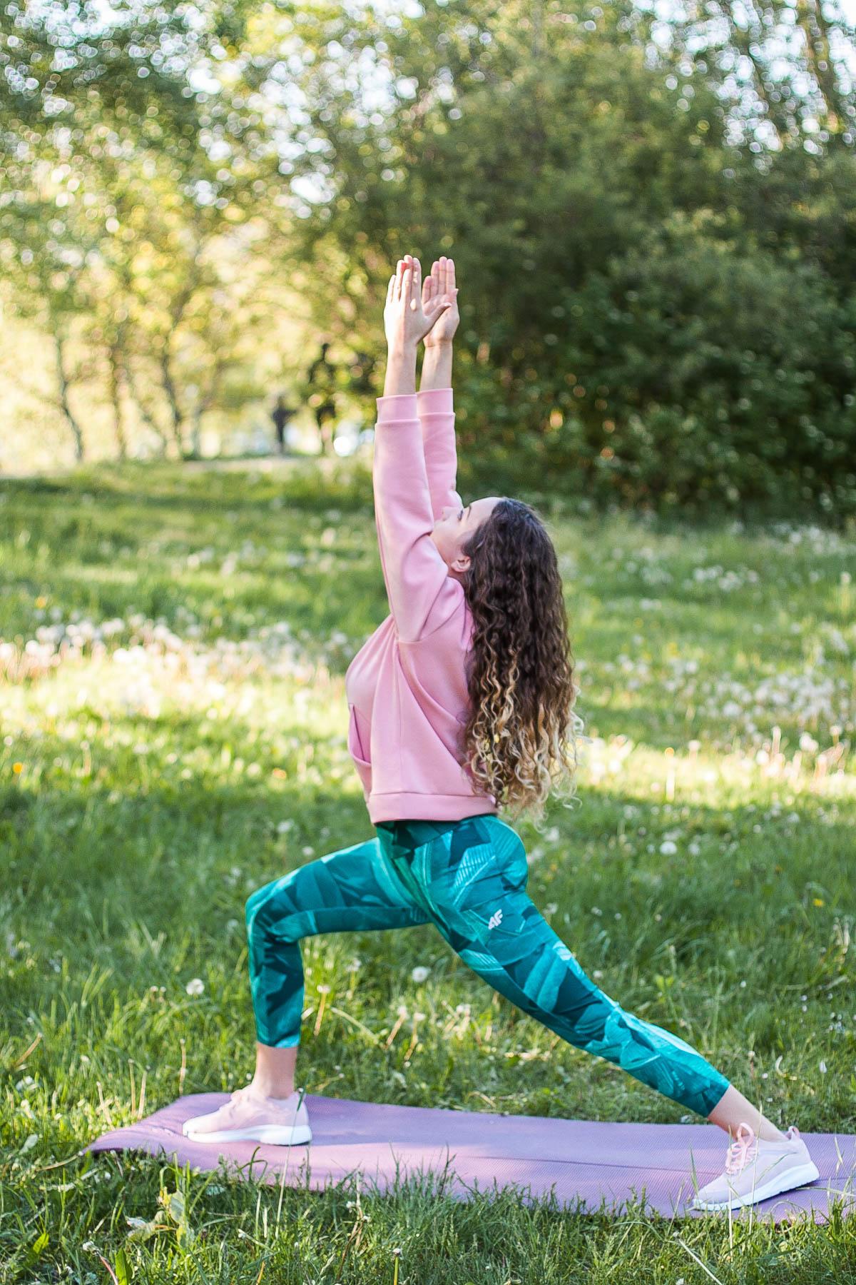 jak zacząć ćwiczyć jogę