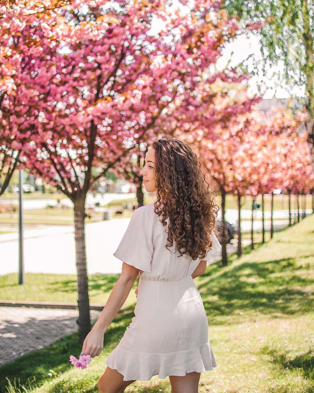 sukienka renee wiosenne stylizacje